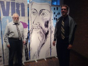 Buchhändler Klaus Lang und Pastor Sven Kramer (re.)